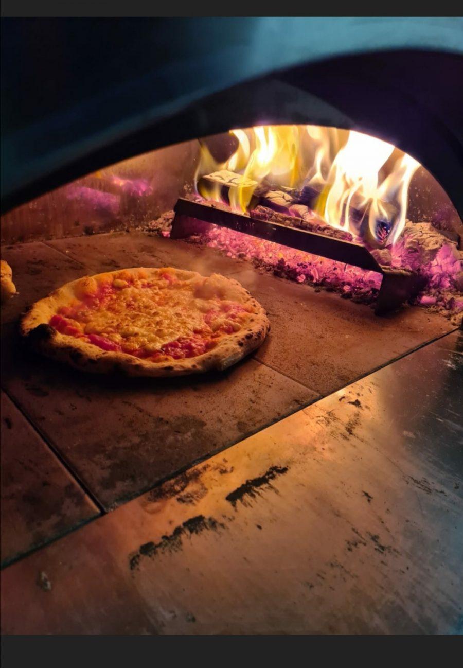 POP UP Pizza-Amare aus dem Holzofen